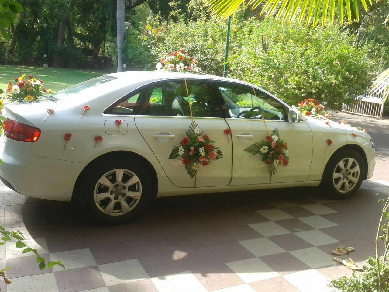 Car HIre For Rajkot Luxury Filing marriage function