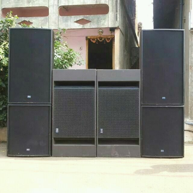 HIRING SERVICE OF PRO-LIGHTS AND SOUNDS