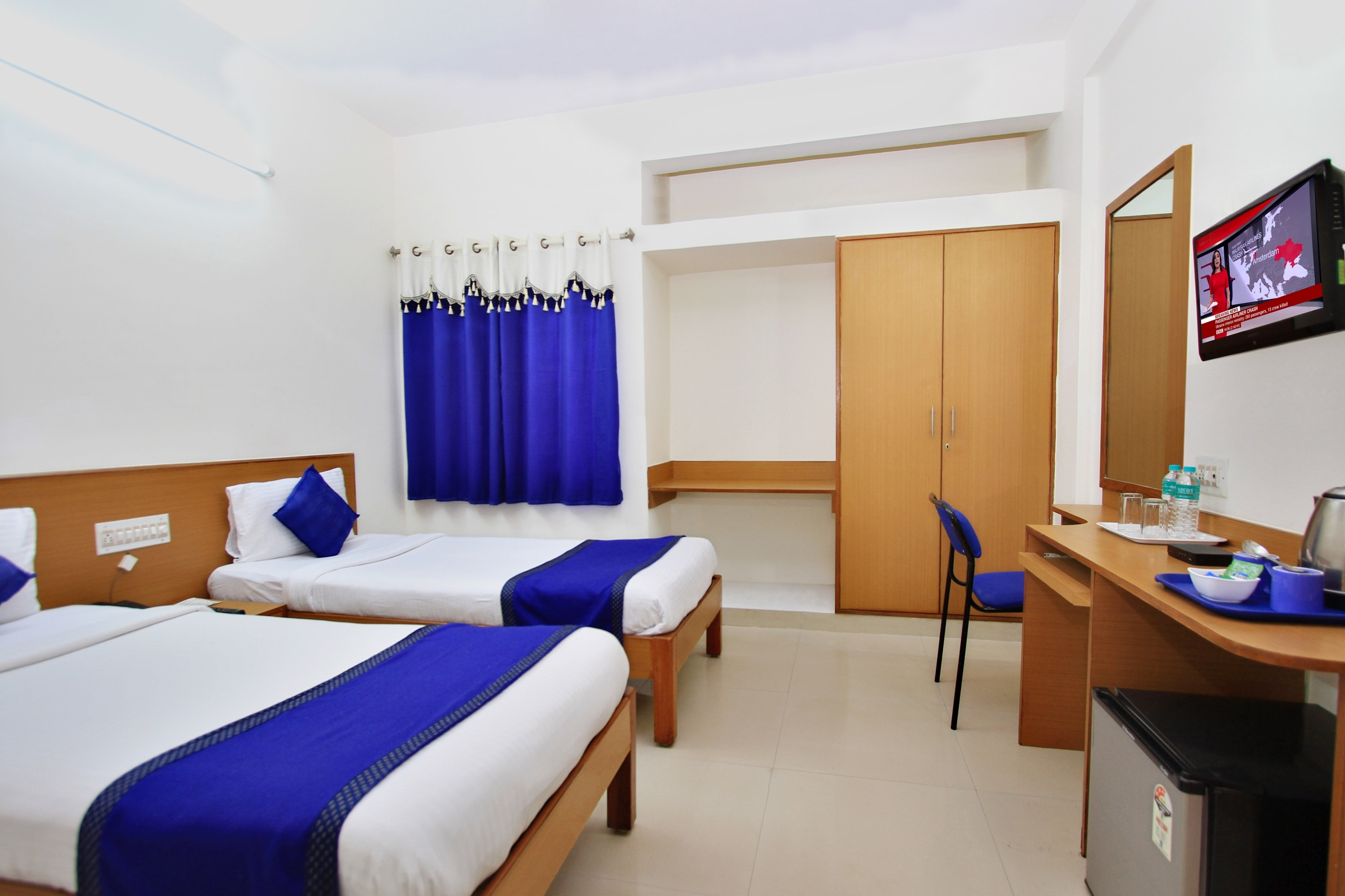 Economy Non a/c single is luxury room with all amenities like LCD,Tea coffee maker in room,Direct dialing Facility