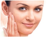 Brightening Facial is a customisable brightening treatment designed to help deep cleanse, hydrate and enliven the skin