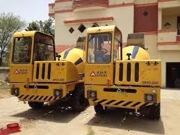 Self Loading Concrete Mixer Machine Rental Service