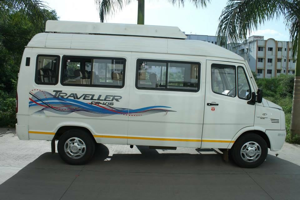 13 Seater A.C Push Back Force Tempo Traveller