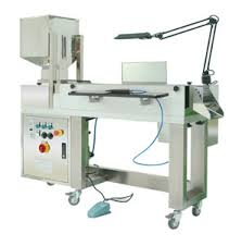 We are a remarkable entity in this domain, engaged in offering a qualitative assortment of Tablet Inspection Machine.  Features:  Easy to operate Minimum maintenance Highly reliable