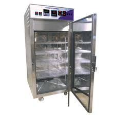 For catering the variegated needs of our clients, we are deeply engrossed in offering a qualitative array of Stability Chamber.  Features:  Precisely designed Less power consumption Long working life Y