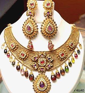 Gold Necklace Set Bu