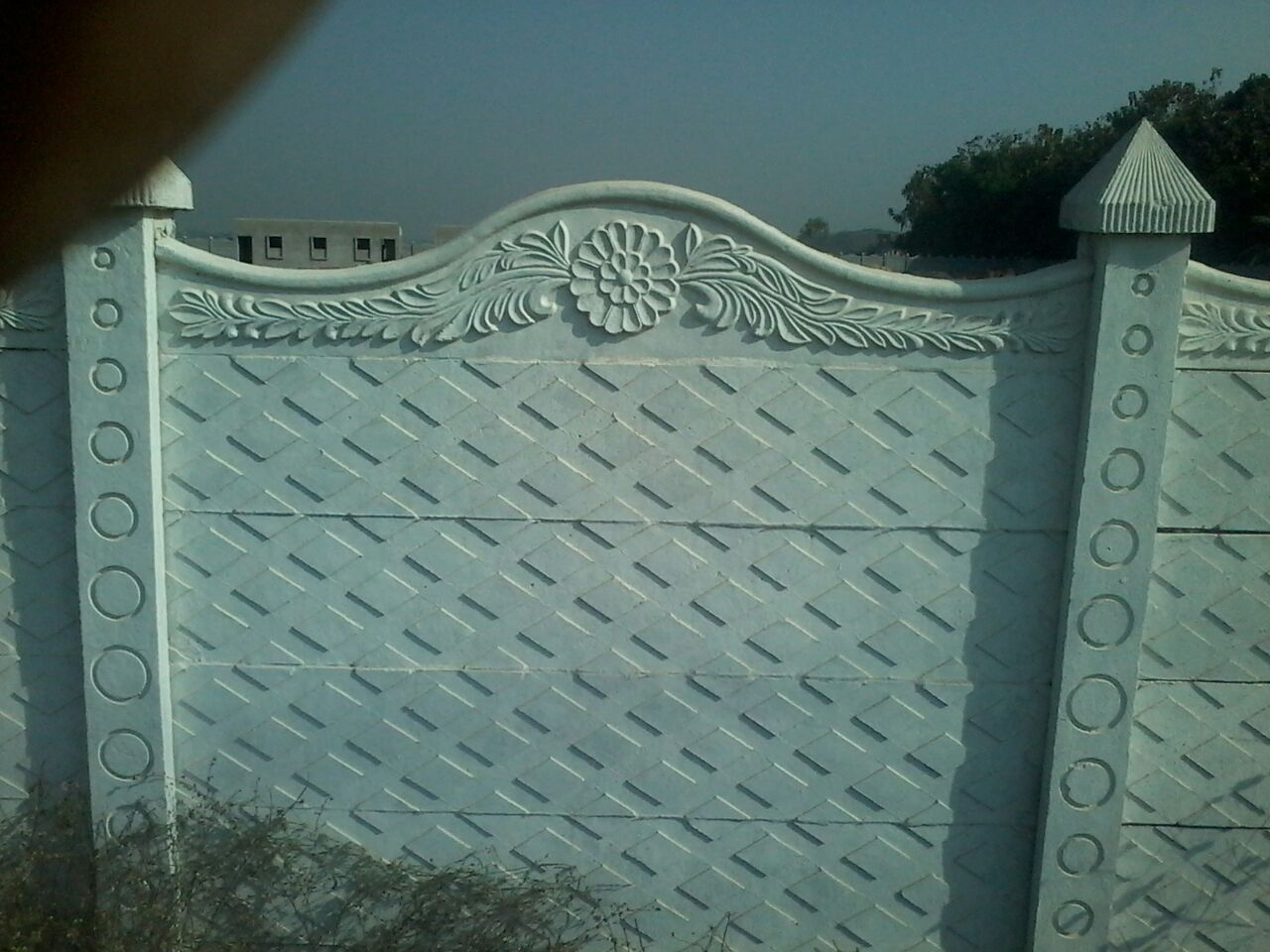 RCC Ready Made Compound Wall Manufacturer in Nagpur  We are leading the industry by manufacturing and supplying the wide range of RCC Ready Made Compound Wall.