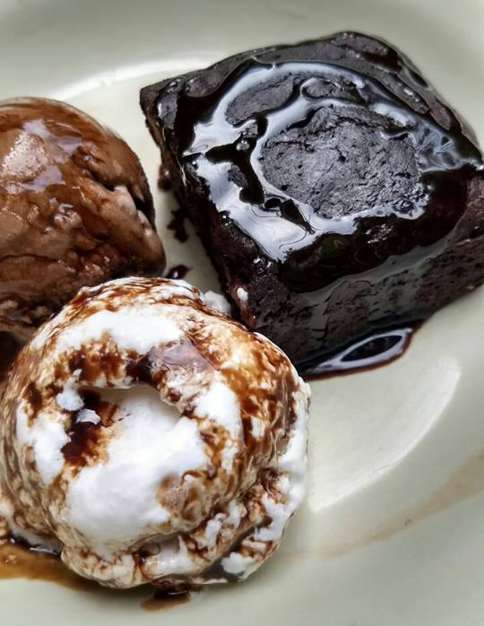 Brownie with all wholesome ingredients with vegan ice-cream combo.