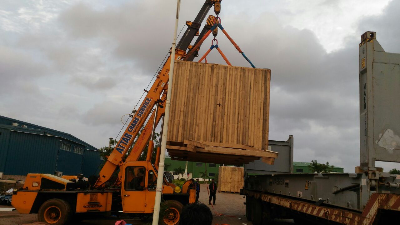 We provide all heavy Container loading and unloading works, for more details please call us.