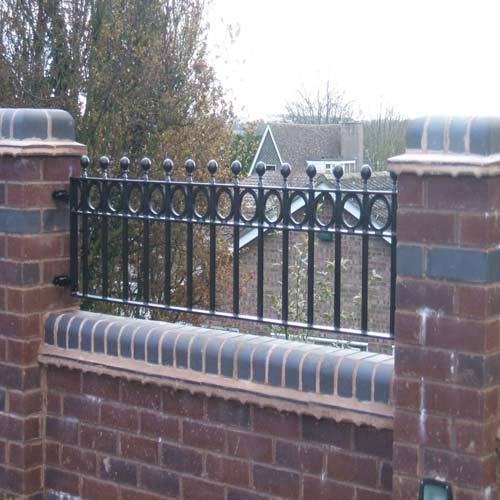 Under the meticulous supervision of our highly skilled professionals, we are providing a high-quality range of Steel Wall Railing.  Features: Rust resistance Elevated durability Easy to fit  Other detail: Material: Steel