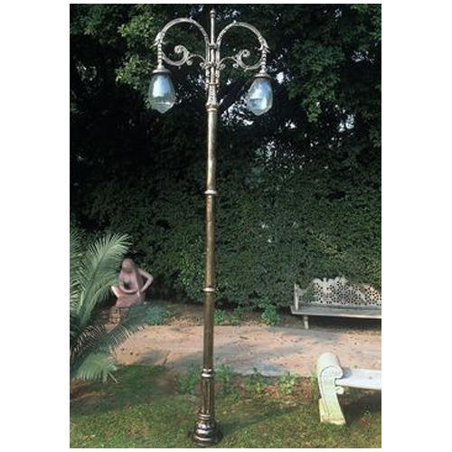 Assisted by our team of hardworking professionals, we are indulged in offering an extensive gamut of Designer Lamp Post.  Features: Premium finish Robust design Best quality material use  Other detail: Mainly used in public parks and gardens