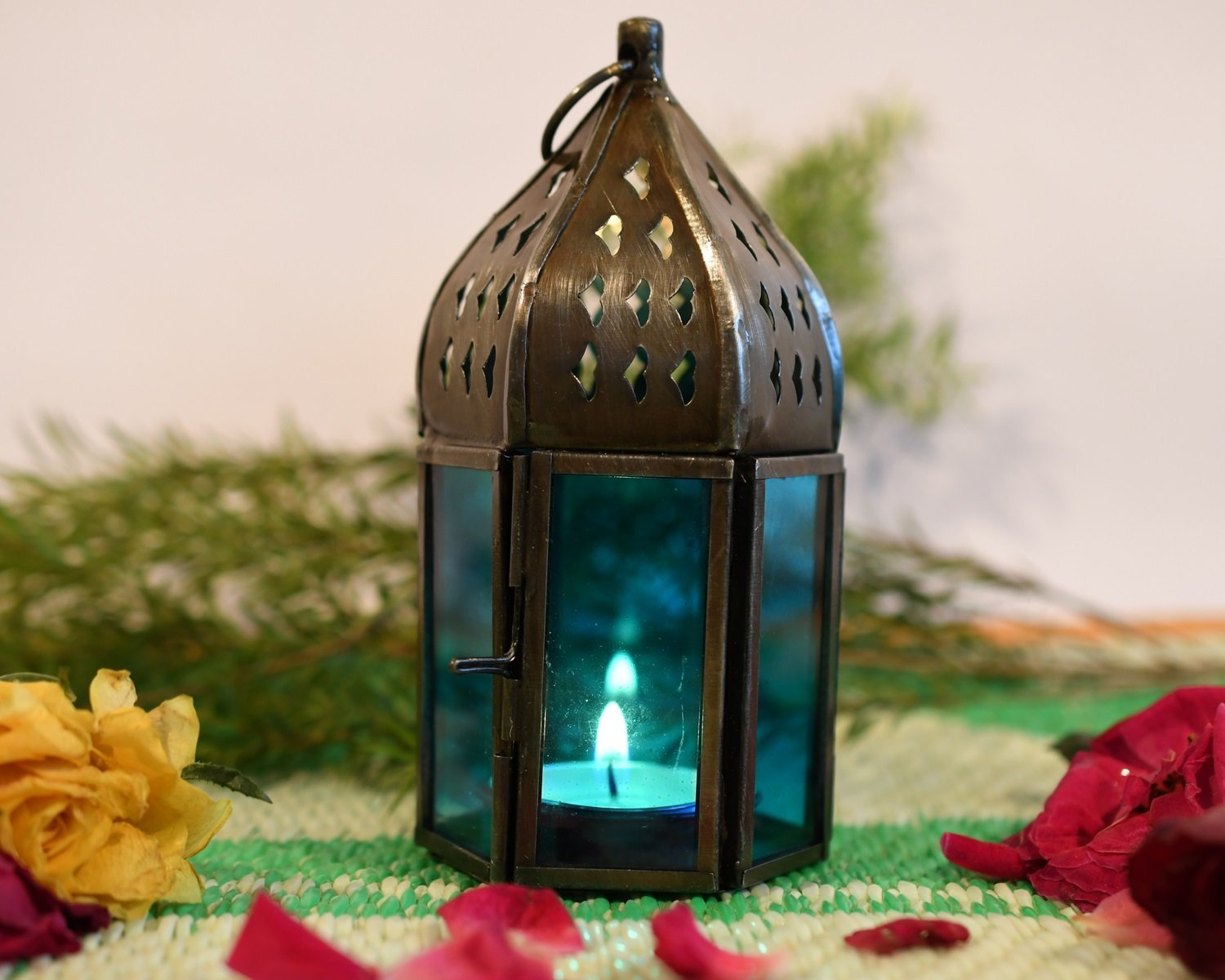 Moroccan candle hold