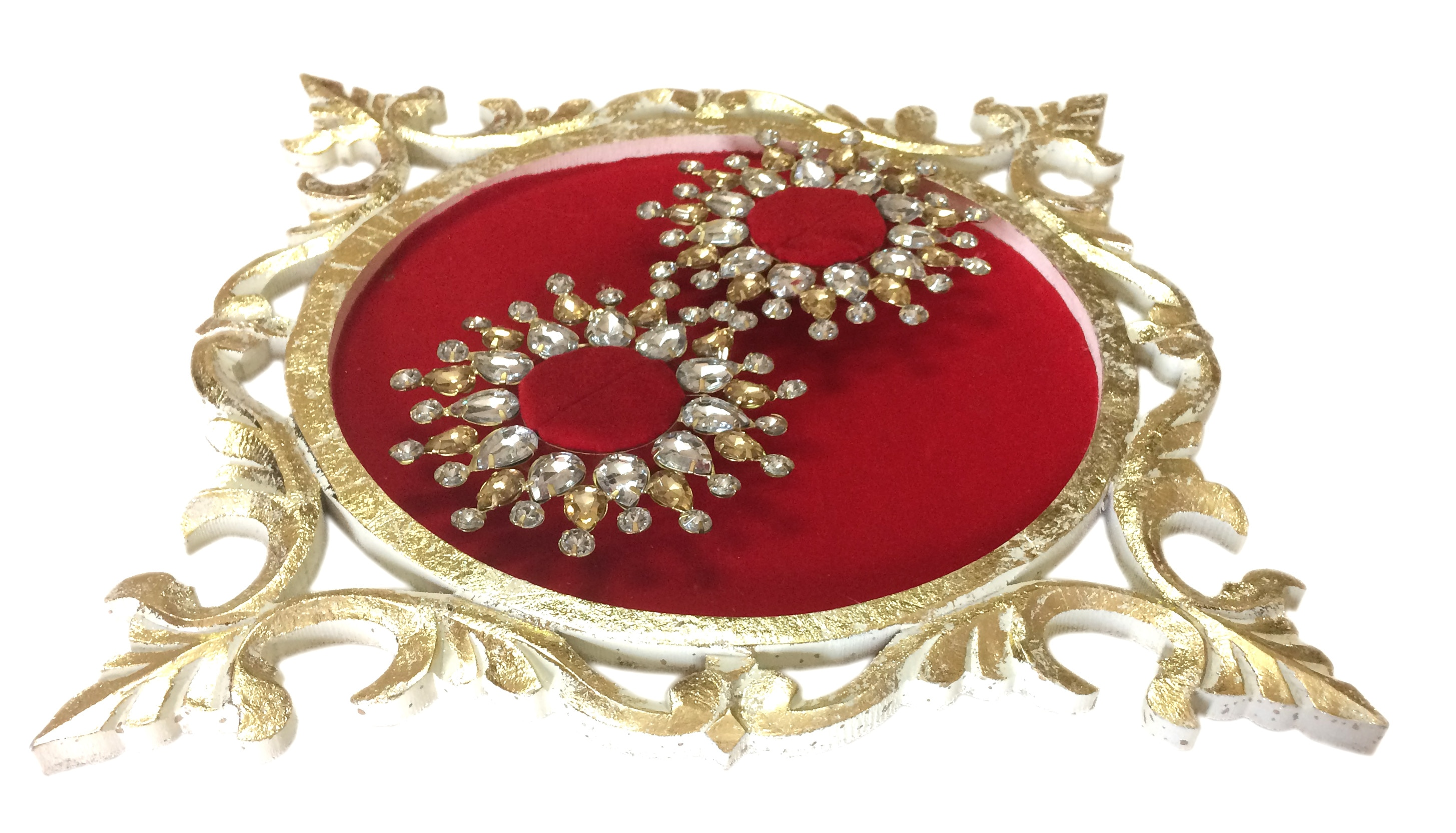 Platter Size:10″X10″X1.5″ Material: Wood & Metal Purpose: To Display Wedding/Engagement Rings & Keepsake Disclaimer:This product is hand crafted hence may be non-uniform & slightly vary in colour ,texture , placement of holders & size. Note: Image shown above is Indicative only, Color may differ from the picture shown (Features will remain same or More).