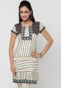 Nikhaar Abstract Printed Kurti