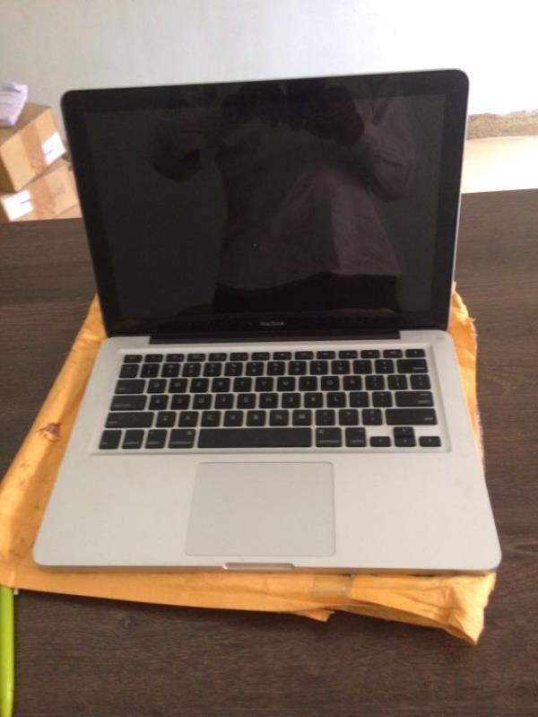 Mac book pro 1278