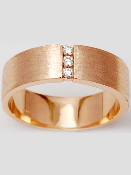 Brushed Texture Three Diamond Matt Finish Rose Gold Ring Band