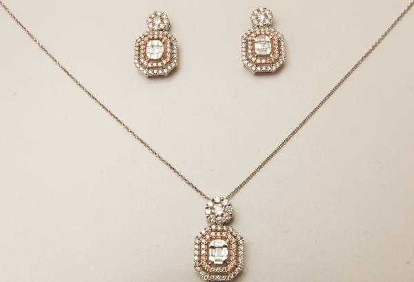 Octagon Shape Pendant Earrings Set Studded With Diamond