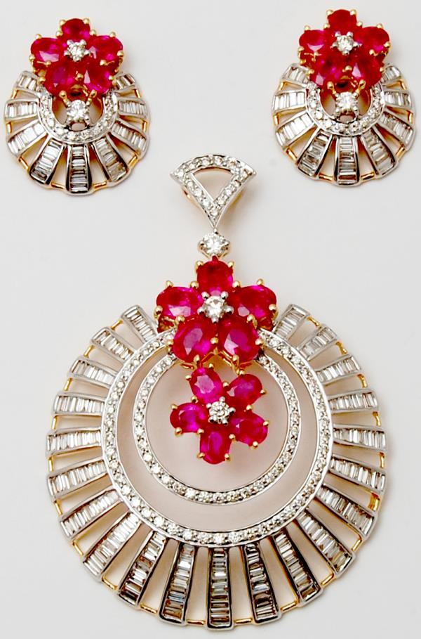 Oval Ruby Baguette Diamond Big Party Wear Gold Pendant Set