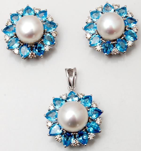 Blue Topaz And Pearl Studded Round Pendant Set In White Gold