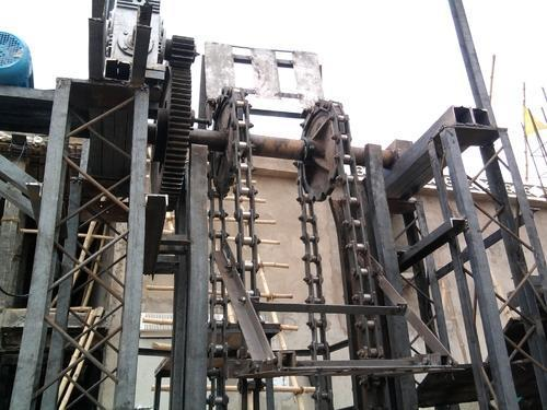Cold Storage Loading And Unloading Lift