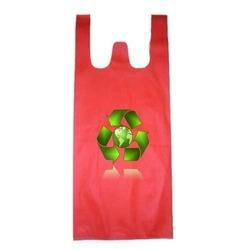 Non Woven W Cut Bags in Ahmedabad