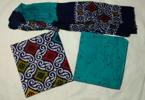 Batic Printed Suite With Chiffon Duptta