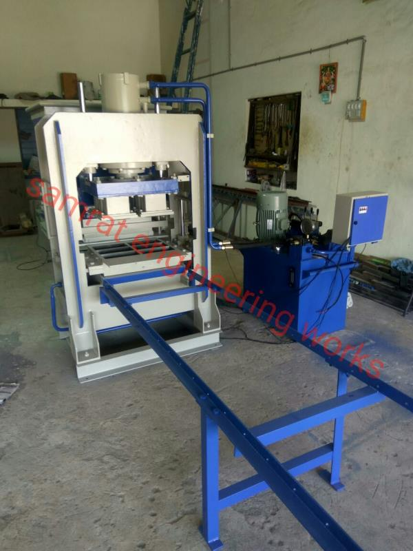 6 Nos. Semi Automatic Brick Machine