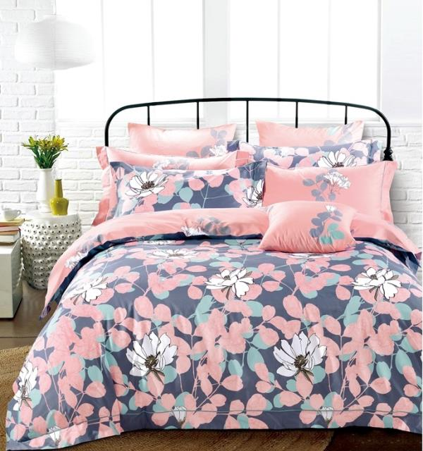 Geo floral cotton bed sheets with two pillow covers