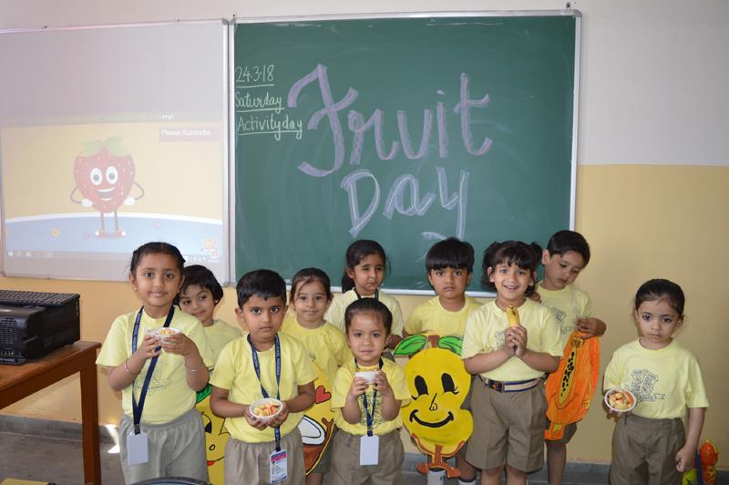 Fruit Day and Colouring Competition - 24/03/18