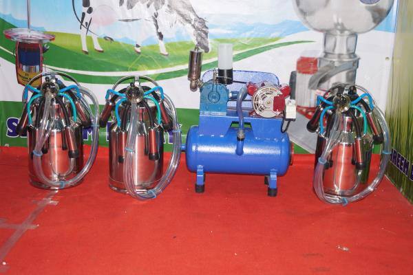 We are leading manufacturers, suppliers and service providers of wide array of Milking Machine. Our entire product range is quality assured and has high compressive strength.
