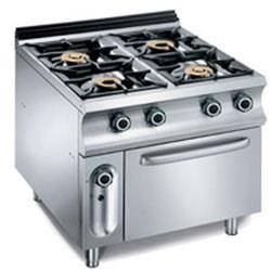 This is a four burner gas cooking gas stove that is superior in quality and performance. The gas cooking range is incorporated with user convenient features to satisfy demanding clients. The commercial kitchen equipments we offer are certified for safety and performance. This four burner gas cooking range has stainless steel top & front with aluminium / SS side paneling that is fixed on heavy frame structure. The range operated on LPG. Stainless steel body, Brass burner tops, Bakelite knobs, Rubber legs and ease of operation makes it suitable for all commercial kitchens.