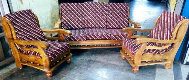 Dandeli Teak Wood Sofa 3+1+1