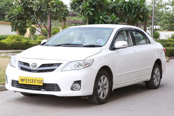 Corolla Altis On Rent