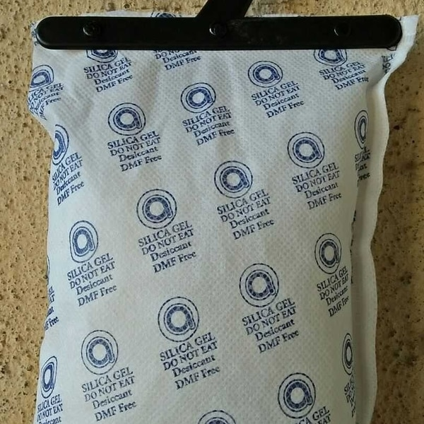 AQUABLUE is manufacturing and supplying 500 Gm silica gel bags in non woven fabric as per clients requirement. Inside material can be customized white, blue, orange silica gel either crystals or beads.