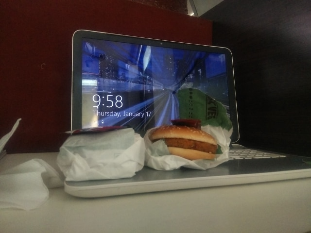 Laptop+burger