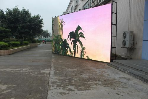The Outdoor P10 SMD Outdoor LED Display Screens  extensively used in digital billboards, scrolling billboards, landmark displays , message displays for promotions of products as well as firms.Good quality LED media screen,low power consumption and environmentalConstant currency,supper long lifetimeIsolate static electric,thunder proofTemperature:-35°c~50°cFactory Low Price